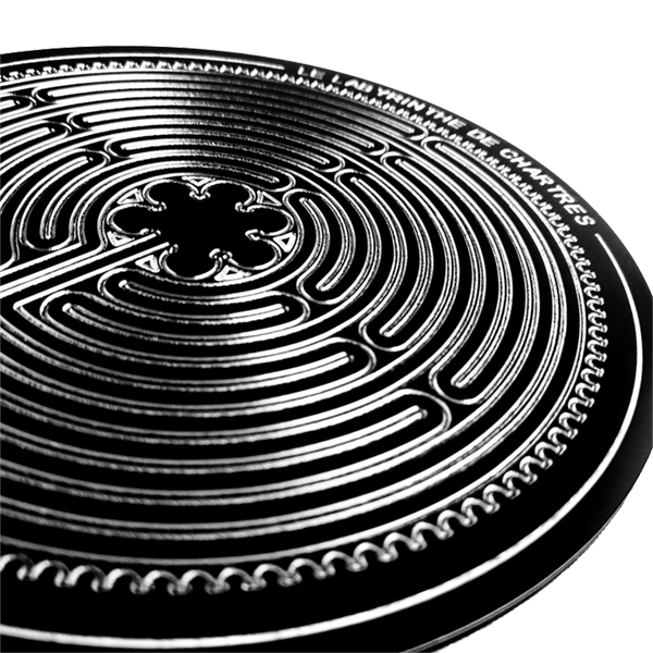 Labyrinthe de Chartres sur socle Photo et design ©Retourney Yannick pour Shop-Artefact.com, les Anciens Bâtisseurs.
